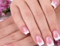 Comment donner plus de brillance à vos ongles en gel ?